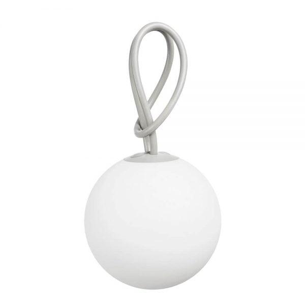 Bolleke lampe fra Fatboy i farge lys grå