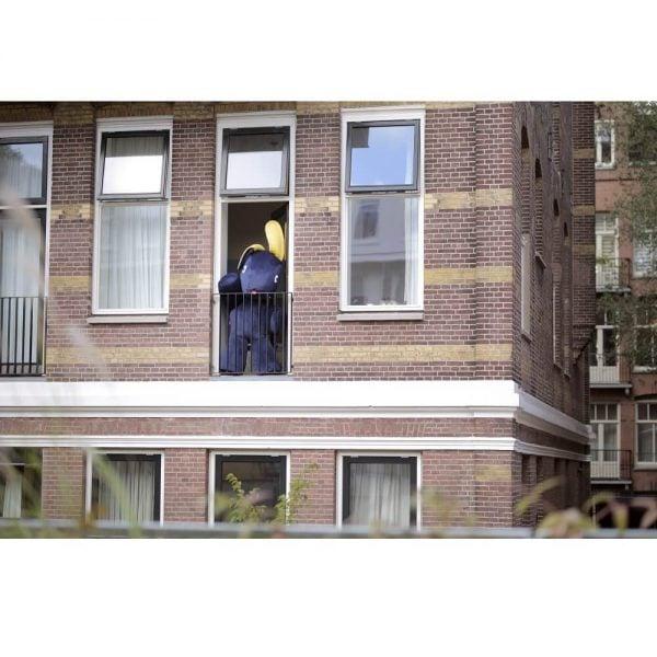 Fatboy saccosekk CO9 Velvet i farge dark blue ekstra myk fløyel miljøbilde