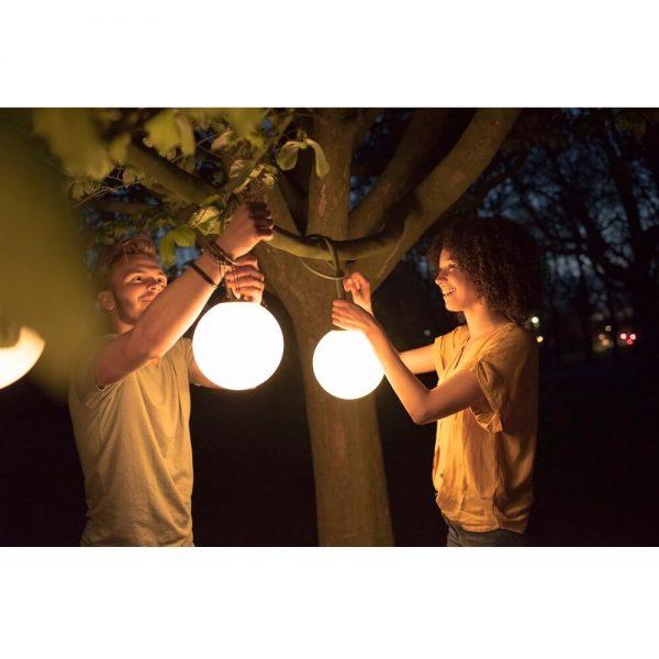 Bolleke lamper fra Fatboy miljøbilde utendørs på kvelden
