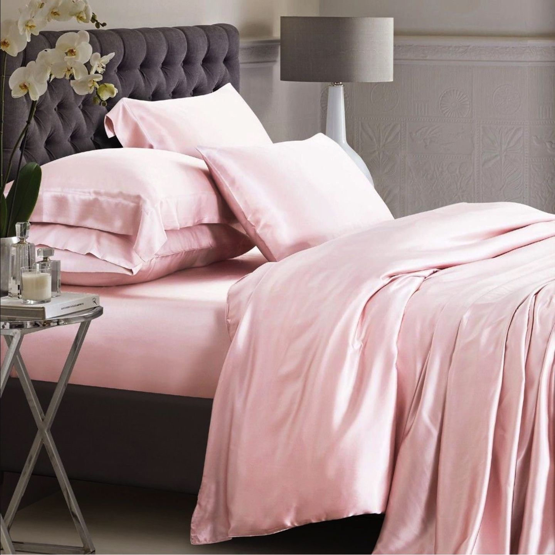 Rosa silke sengesett Bedtime